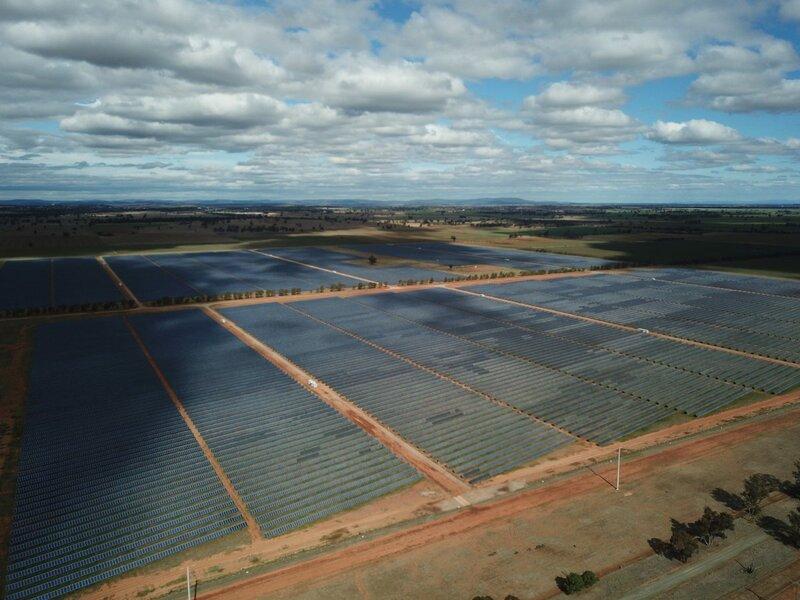 Photos: Parkes Solar Farm, NSW, Australia